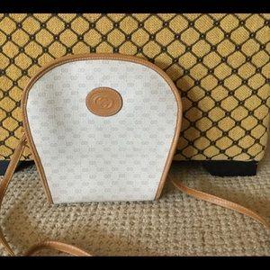 Vintage Authentic Gucci crossbody bag